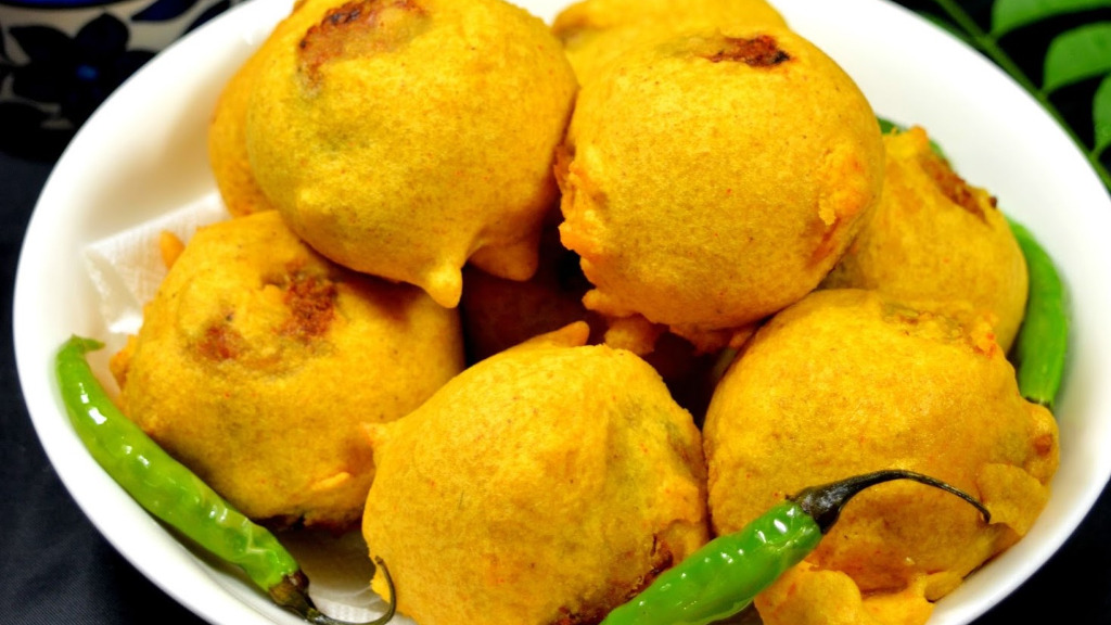2 Aloo Bonda - Tiffin Delivery in Hotwells BS8
