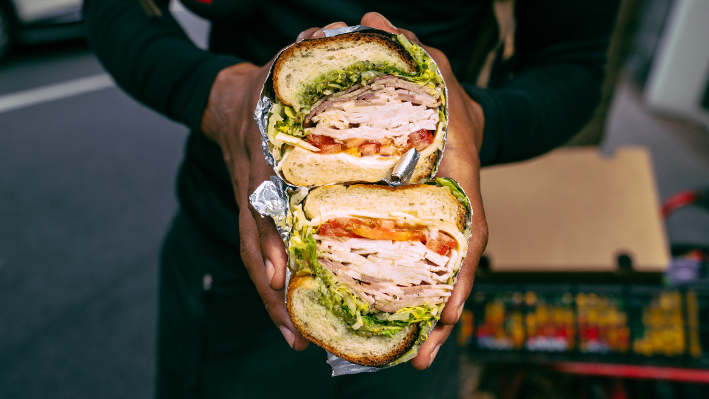 Doms Club - Impeccable Sandwiches Delivery in Stepney E1