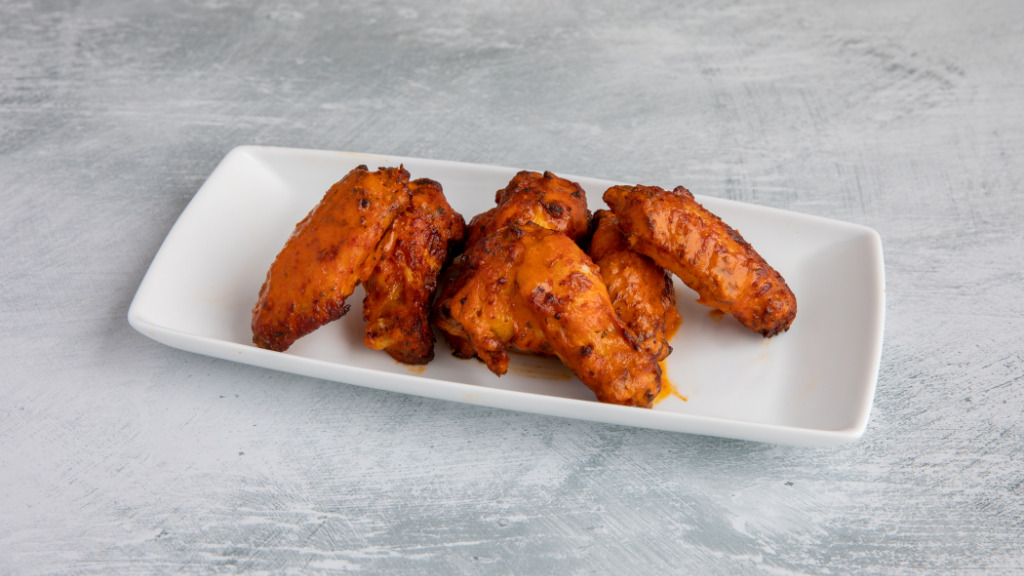 6 Piri Piri Hot Wings - Best Pizza Collection in Becontree RM9