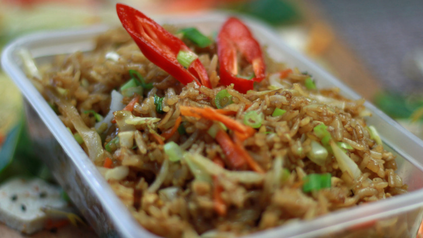 Egg Fried Rice - Stir Fry Delivery in Towpath TW17