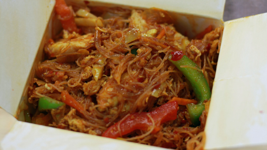 Singapore Noodles - Malaysian Collection in Sandhurst GU47